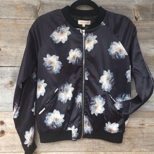 Solitaire Floral Bomber Size Medium